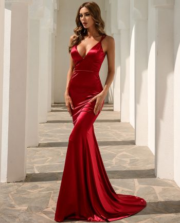 Svana Mermaid Gown